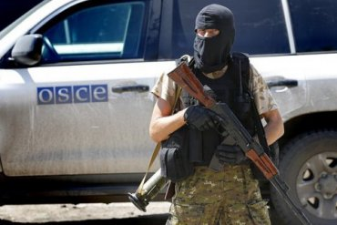 На Донбассе боевики обстреляли наблюдателей ОБСЕ