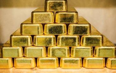 Порошенко назвал размер золотовалютных резервов НБУ