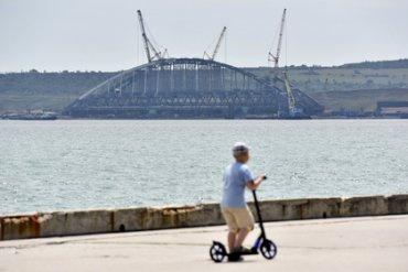 Из-за Крымского моста возникли первые проблемы