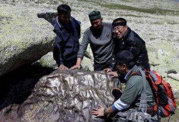 На китайскую деревню обрушился дождь из осколков метеорита
