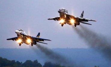 Украинская авиация успешно перехватила российский военный корабль в Черном море