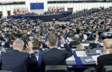 Европарламент призвал освободить Сенцова и других политзаключенных