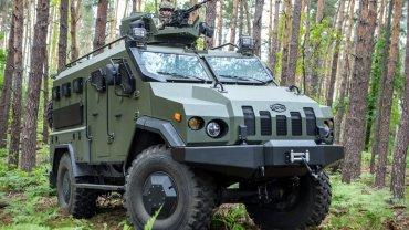 В Украине для военных изобрели новый бронеавтомобиль