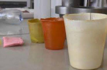 В Сумах разработали одноразовую эко-посуду, которая превращается в удобрение