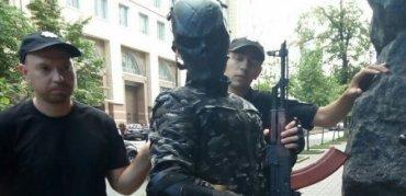 Задержанный у Кабмина подросток шел стрелять депутатов