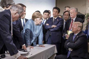 Трамп на саммите G7 бросал в Меркель конфеты
