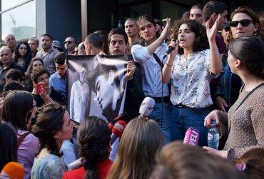 В Грузии прошли акции протеста из-за нераскрытого убийства подростка