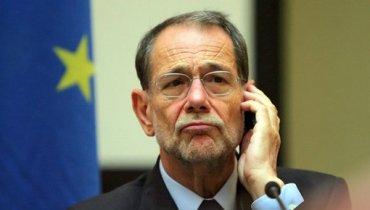 США не пустили в страну бывшего генсека НАТО