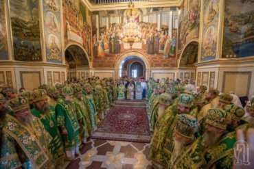 Архиереи УПЦ МП обещают хранить верность Москве