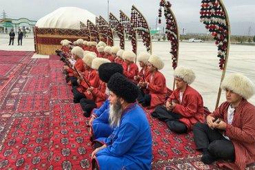 Власти Туркмении запретили покидать страну всем, кому нет 40 лет