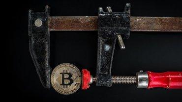Bitcoin пробил дно: курс обновил годовой минимум