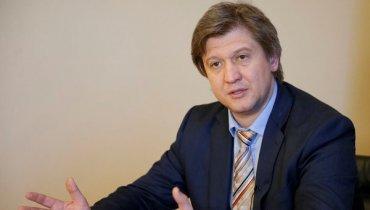 Данилюка надо уволить и посадить – он шантажирует Украину срывом соглашения с МВФ! – блогер
