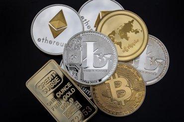 Более 800 криптовалют, созданных за последние 1,5 года, «умерли»