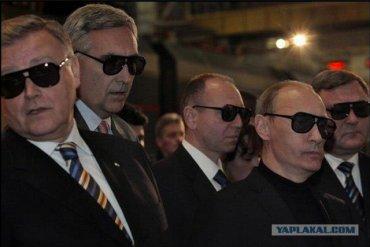 Американский сенатор вернулся из Москвы и сравнил российское правительство с мафией