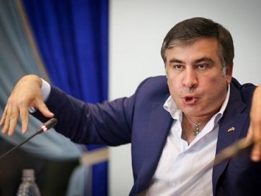 Саакашвили как «сбитый летчик» пытается поднять свой рейтинг за счет Сенцова и Медведчука, – журналист
