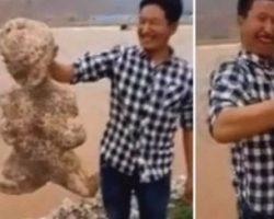 Инопланетяне пробираются в Китай вплавь