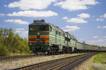Со Львова курсируют поезда с сотней вагонов