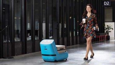 Помогать авиапассажирам с багажом и навигацией будут роботы