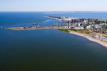 Украина хочет ввести санкции против российских портов