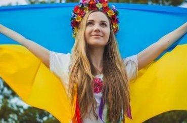 Две трети украинцев чувствуют себя счастливыми