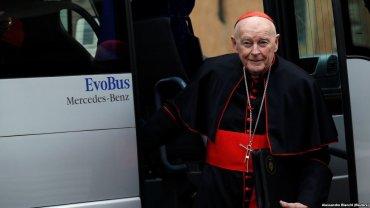 Папа Франциск принял отставку кардинала, обвиненного в педофилии