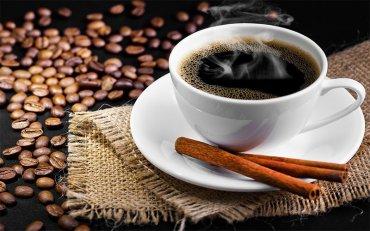 Украинцы выпивают вне дома по 100 чашек кофе в год, и все чаще ищут определенный вкус