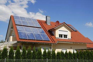 Украинцы активно устанавливают солнечные панели на свои дома