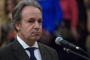 Греция отозвала посла из России