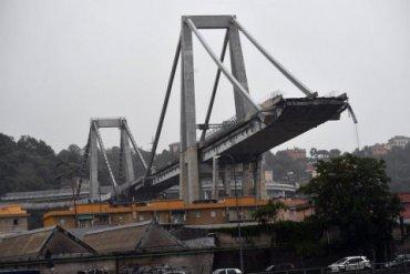 22 человек погибли в результате крушения моста в Генуе
