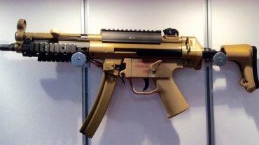Украинские полицейские получат пистолеты-пулеметы МП-5