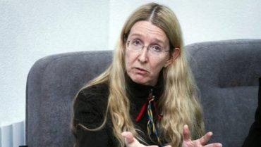 Супрун не является политиком и не имеет права принимать участие в политических акциях, – Лавринович