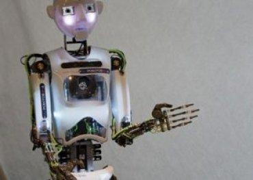 Ученые: роботы способны манипулировать людьми