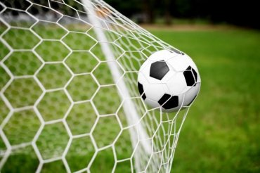 Футбол несет опасность для женского мозга — ученые