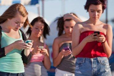 В мире выросшим продажи телефонов без доступа к интернету