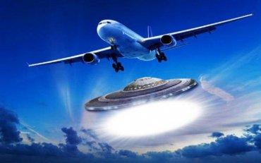 НЛО чуть не сбил самолет с российскими туристами над Турцией