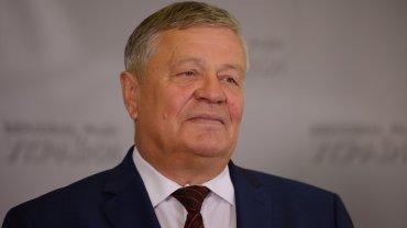 Украинская власть откровенно попирает всё, что записано в Конституции Украины, — Василий Нимченко