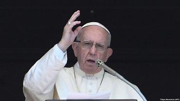 Папа Франциск не знает, как бороться со священниками-педофилами
