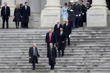 Трампа не пригласили на церемонию прощания с Маккейном