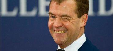 Медведев вернулся из двухнедельного запоя