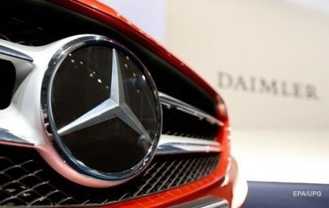 Украинцы удвоили выплату налога на элитные авто