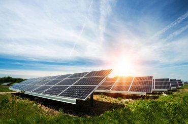 Впервые объем энергетических мощностей всех солнечных и ветровых электростанций в мире превысил 1 трлн оао