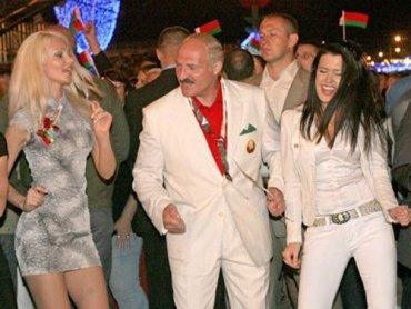 Лукашенко призвал женщин больше рожать