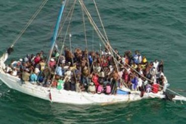 Полторы тысячи беженцев утонули в Средиземном море с начала года