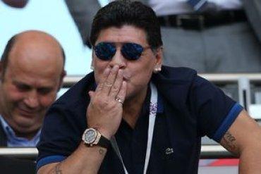 Марадона будет совмещать работу на разных континентах