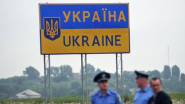 За поездку в Крым в Украине будут сажать в тюрьму