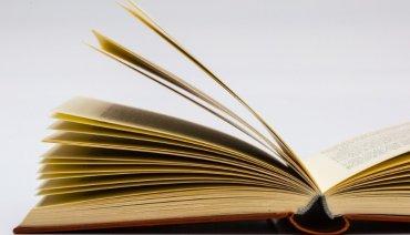 Выпуск школьных учебников: в Минобразования порадовали первоклассников