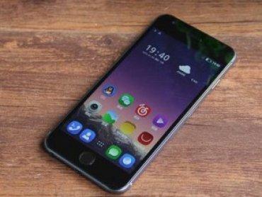 «Китайский Apple» потроллил новые iPhone за их высокую стоимость