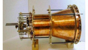 """Британские физики создают """"невозможный двигатель"""""""