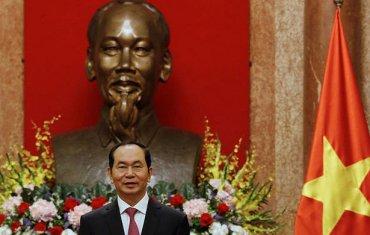 Внезапная смерть президента Вьетнама обрастает загадками