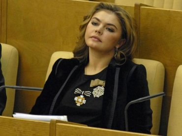 Друзья Кабаевой отказываются говорить о ее мужчине